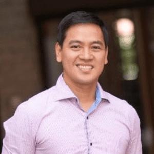 Allan R Santos, Financial services Philippines